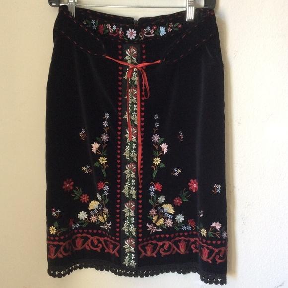 Mixit Dresses & Skirts - Embroidered Black Velvet Dutch Vibes Skirt